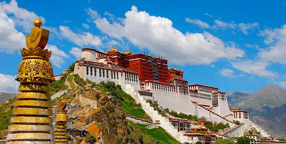 Potala-palace-how-to-go-to-Tibet-from-Nepal